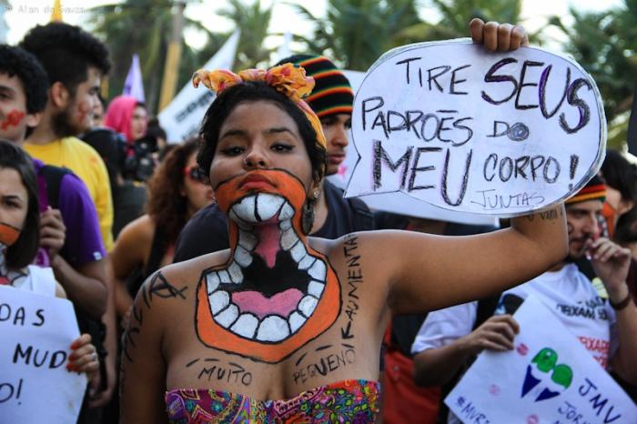 Proteste in Brasilien von allen Geschlechtern und Altersgruppen